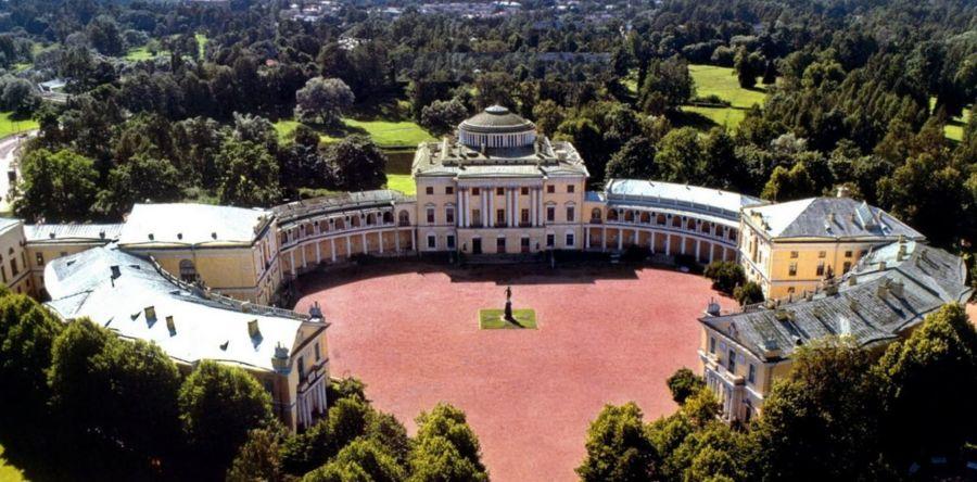 Императорская резиденция в Ленинградском Павловске