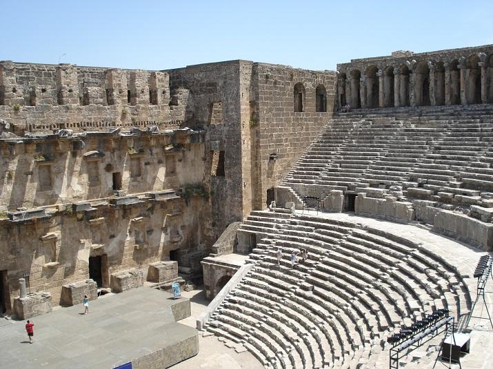 Турция, Руины амфитеатра города Перге
