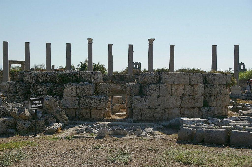 Турция, руины византийского храма города Перге