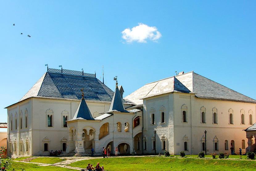 Красная палата Ростовского Кремля