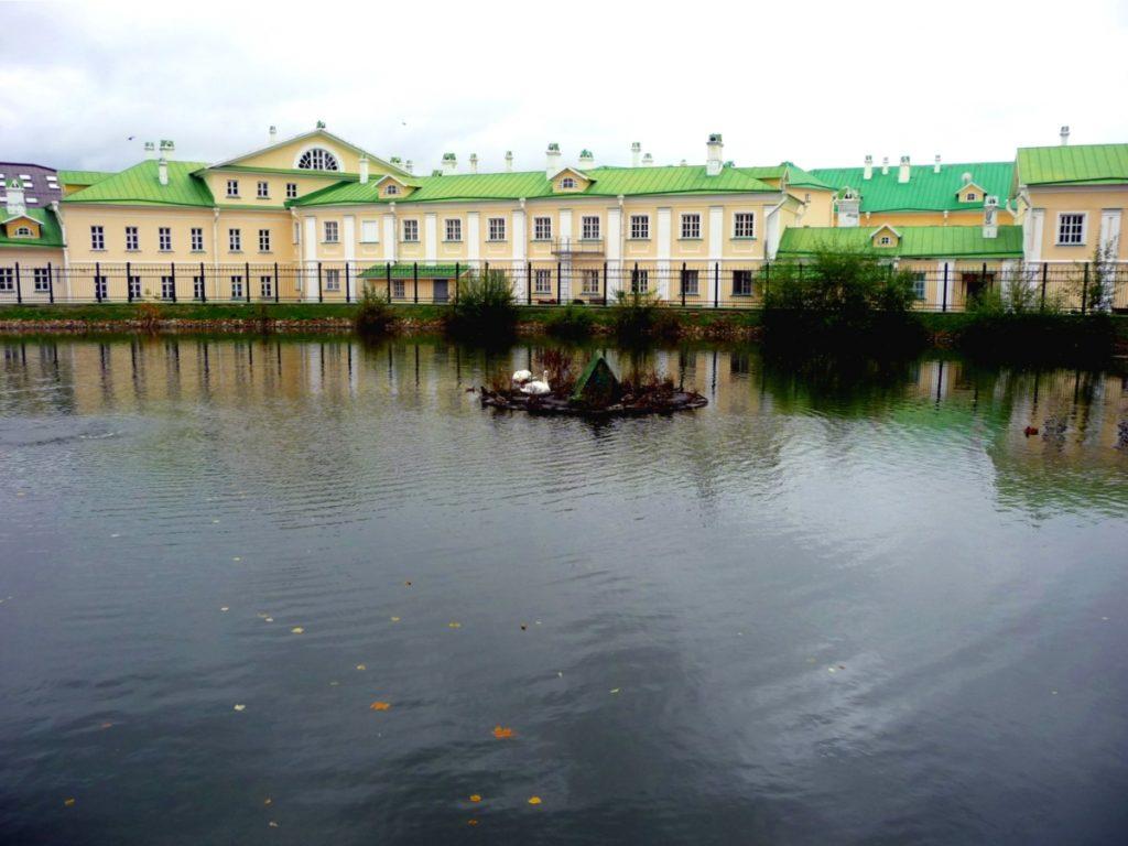 Старая монастырская гостиница Лавры, Сергиев Посад