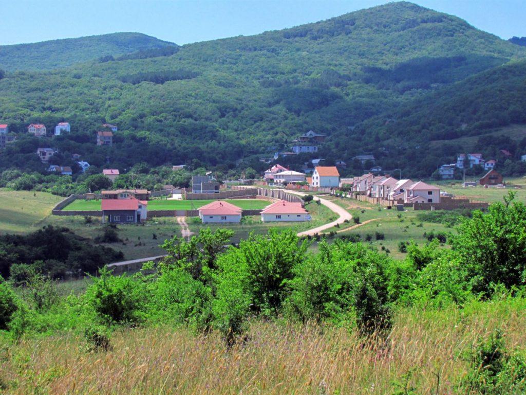 Поход за травами близ села Резервное (Севастополь)