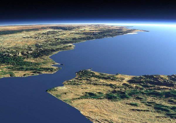 пролив между атлантическим океаном и средиземным морем