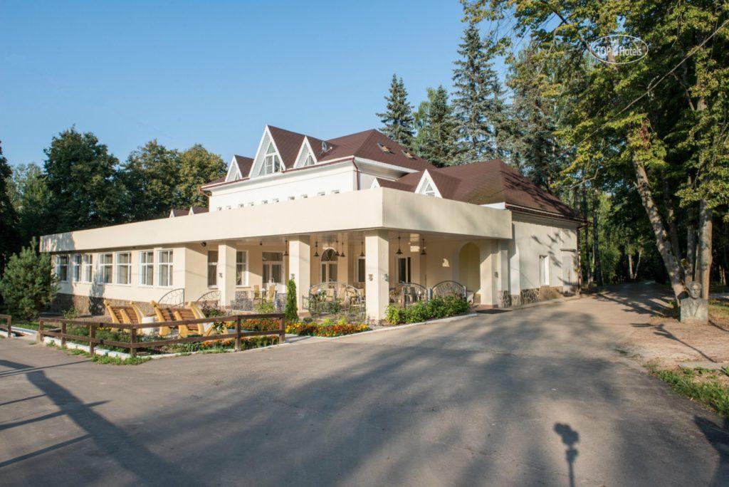 Отель «Серебряный век» в Тарусе