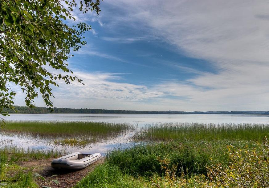 Озеро Шугозеро близ Тихвина