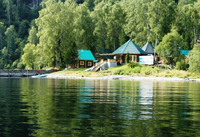 Базы отдыха на Телецком озере, Алтай