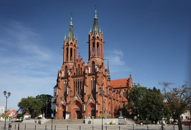 Белосток, Красный кафедральный костёл