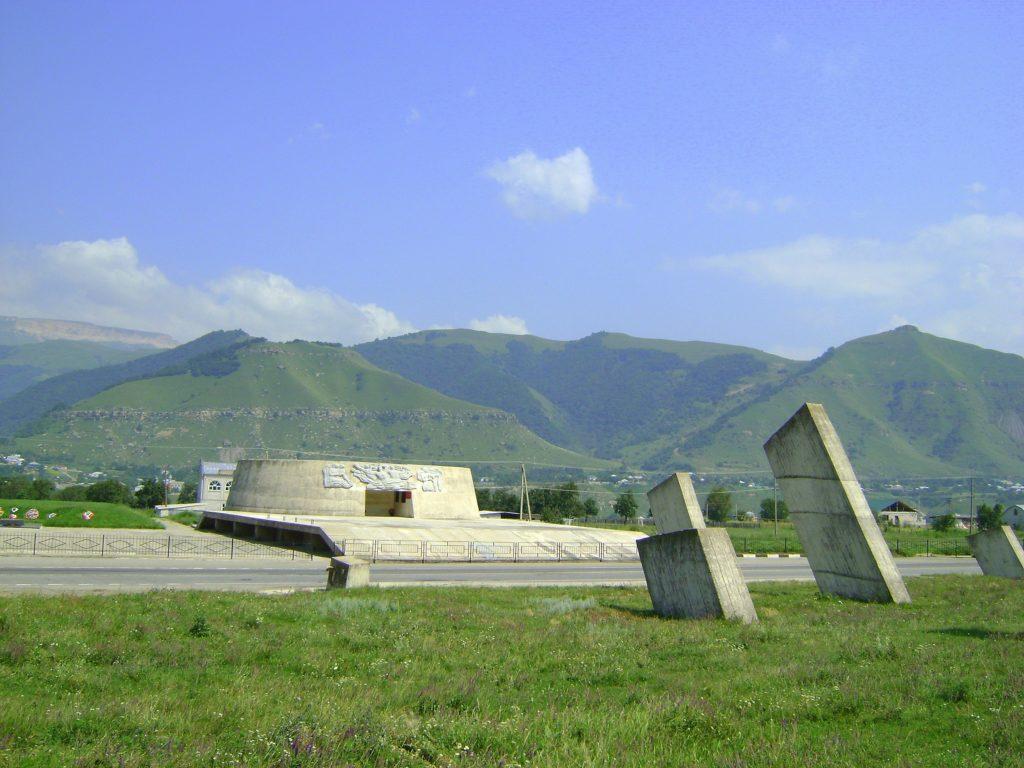 Музей-памятник «Защитникам перевалов Кавказа» в Теберде