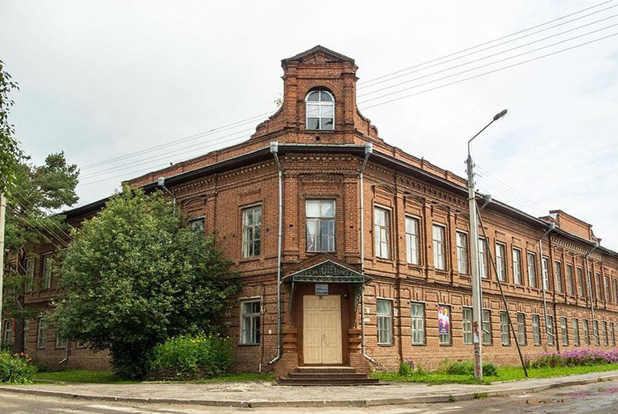 Краеведческий музей в здании духовного училища, Тотьма
