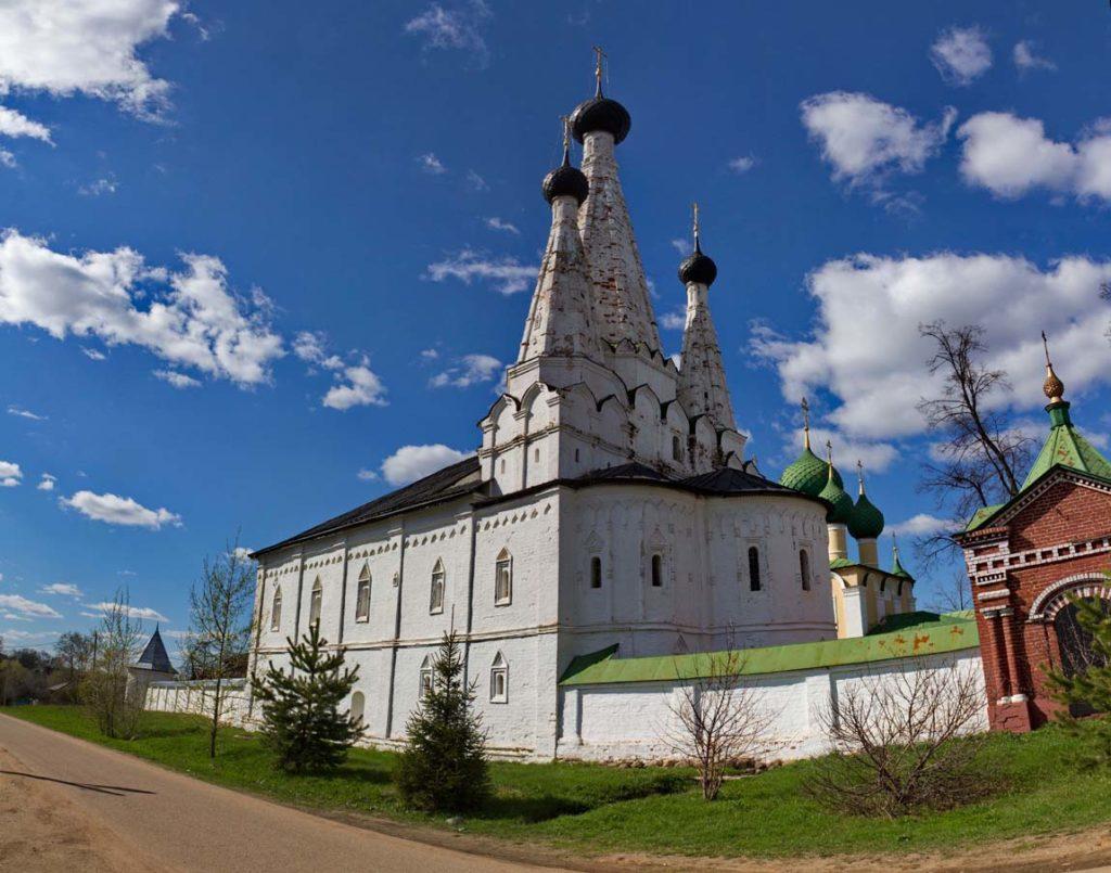 Успенская (Дивная) церковь в Угличе