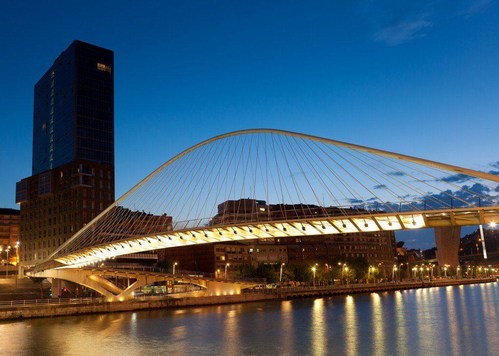 Мост Кампо-Волантин в Бильбао