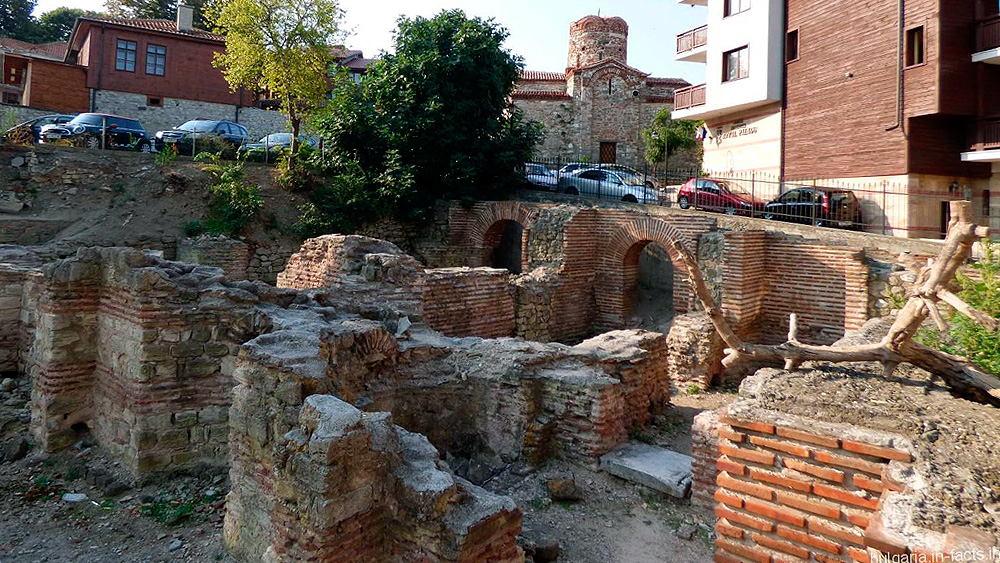 Несебр, Руины Византийских терм в Несебре