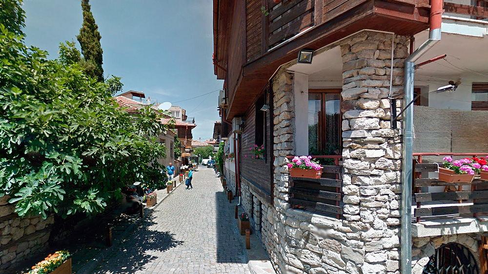 Болгария, Узкие улочки Несебра