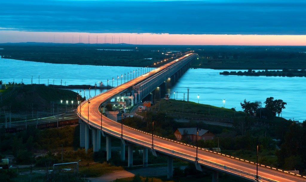 Амурский мост в Хабаровске