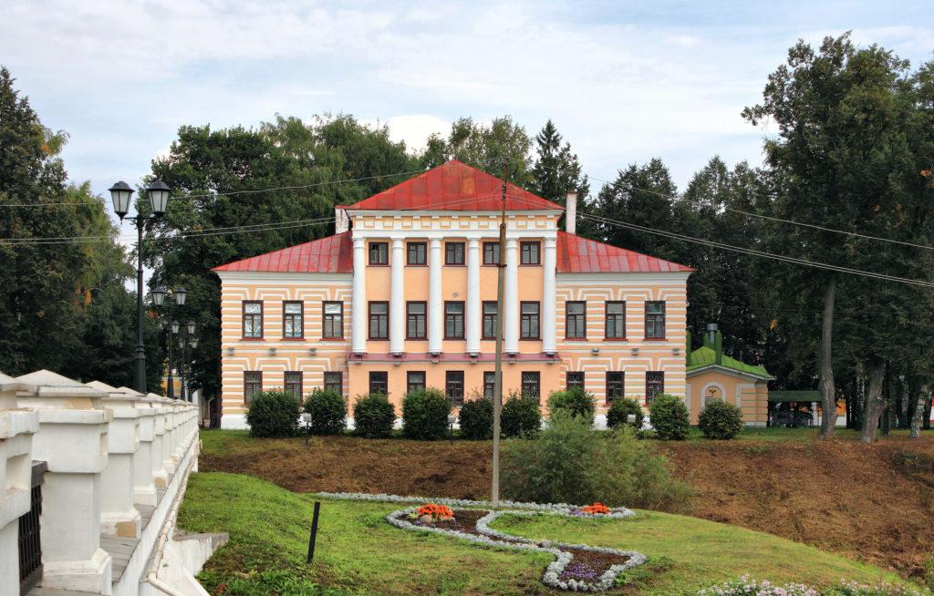 Здание бывшей городской Думы в Угличе
