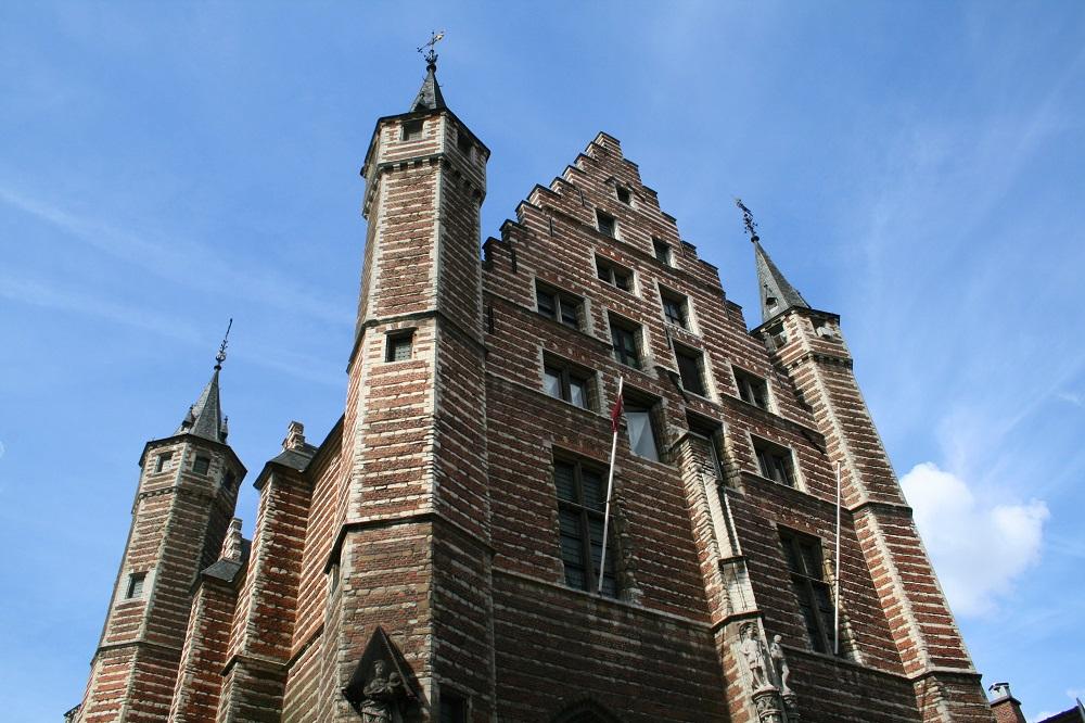 Дом гильдии мясников в Антверпене