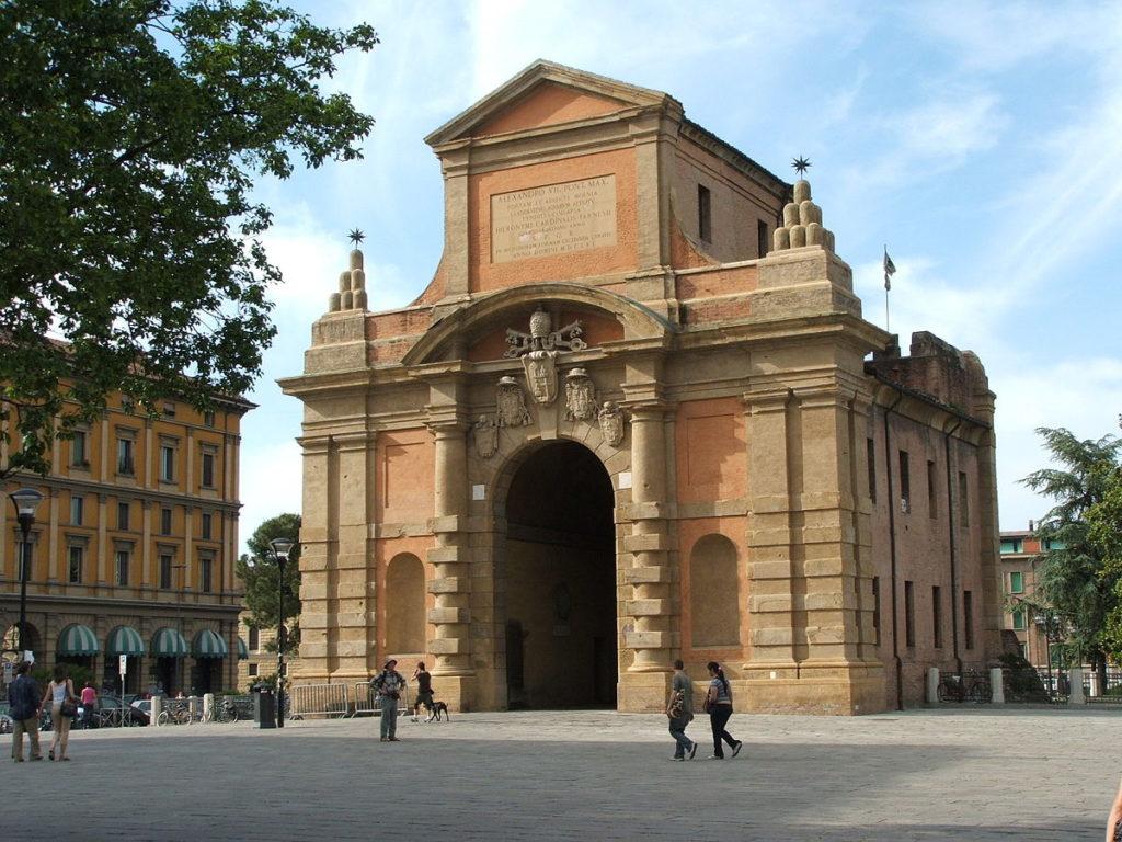 Ворота Галлиера в Болонье, Италия