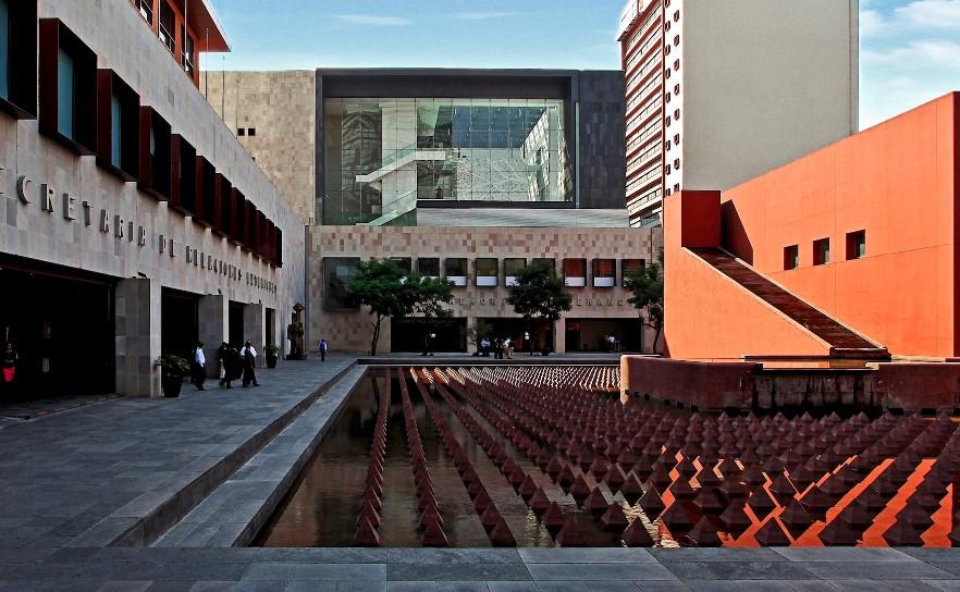 Музей памяти и толерантности в Мехико