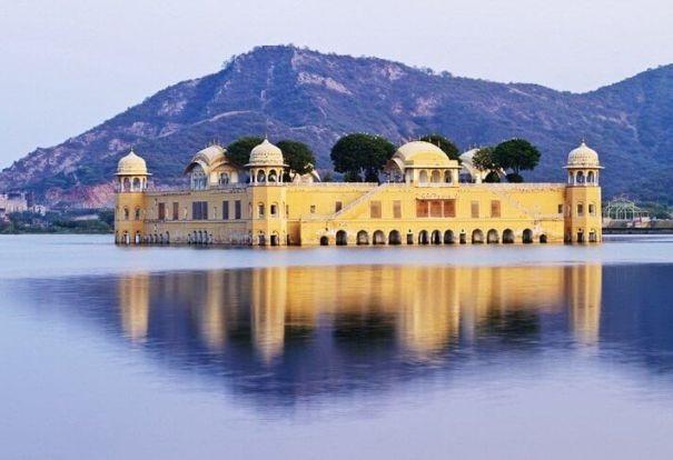 Джал-Махал в Джайпуре