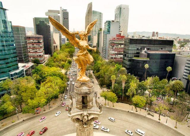 Памятник Ангел Независимости в Мехико