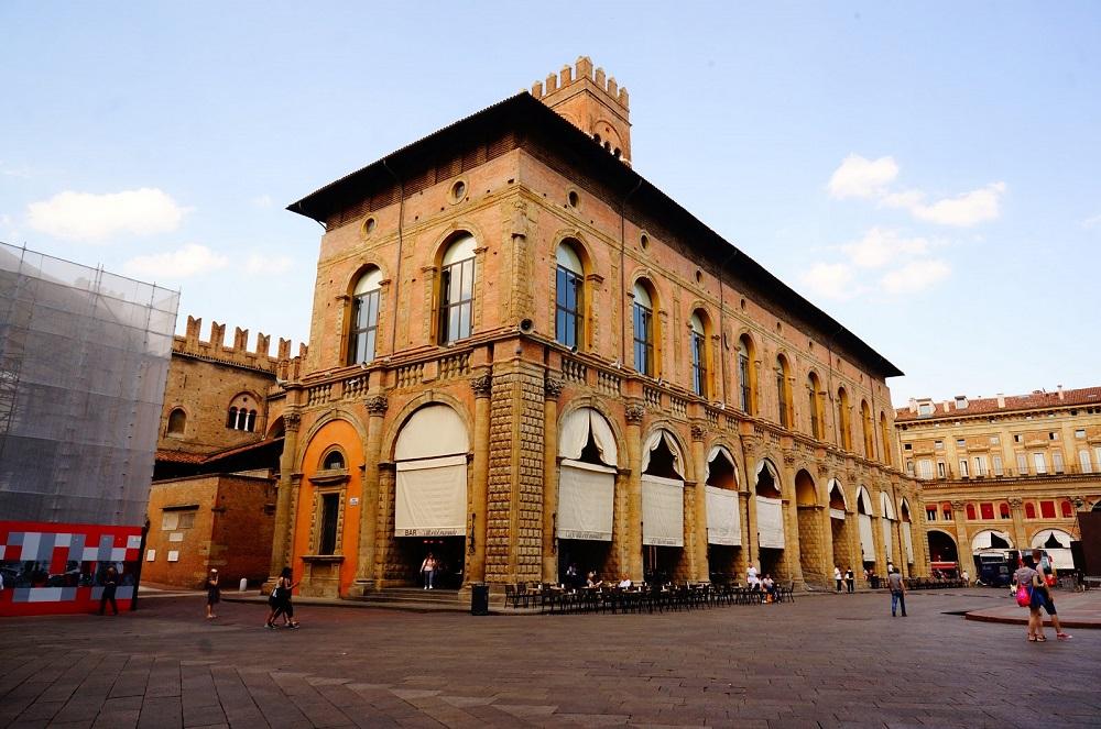 Дворец градоправления в Болонье