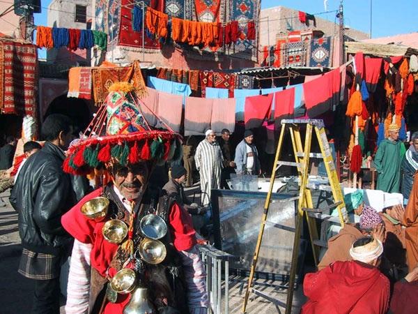 Рынок на улице Шейха Абдул-Азиза в Аджмане