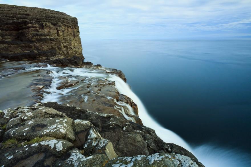 Водопад Бёсдалафоссур на острове Вагар, Фареры
