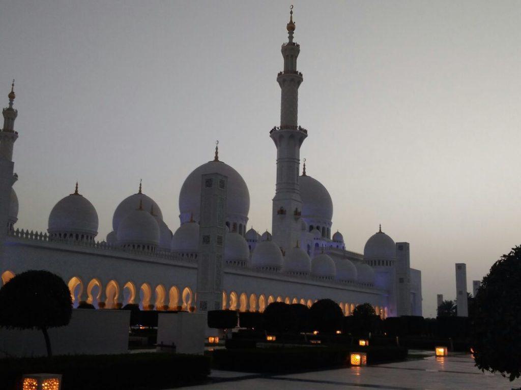 Абу Даби мечеть шейх зада. фото туриста 3