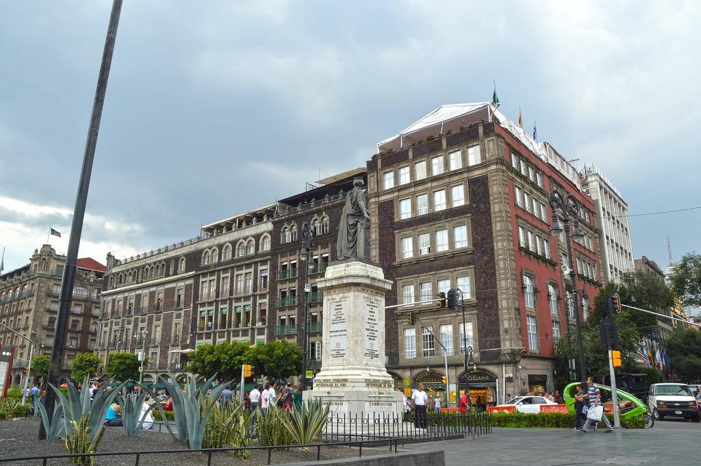 """Отель """"Zocalo Central Hotel"""" в Мехико"""