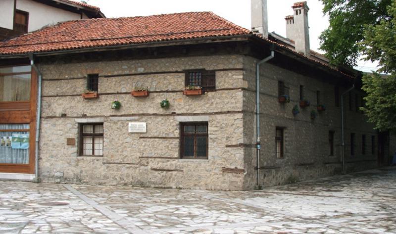 Дом-музей Николы Вапцарова в Банско