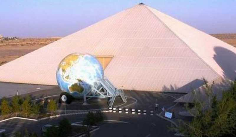 Национальный музей автомобилей ОАЭ в Абу-Даби