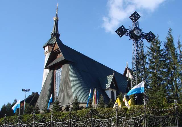 Храм Фатиимской Божьей Матери в деревне Косцелиско, близ Закопане
