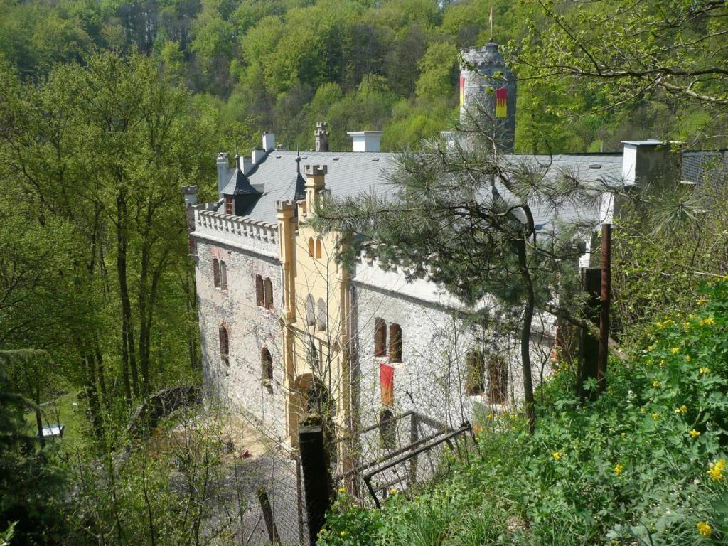 Замок Горни Град близ Карловых Вар