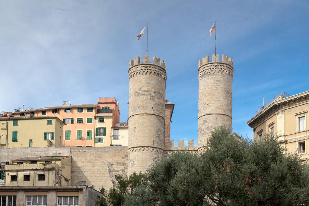 Башни Porta Soprana, Генуя, Италия