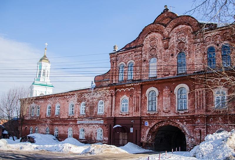 Спасо-Преображенский Новодевичий монастырь в Кирове
