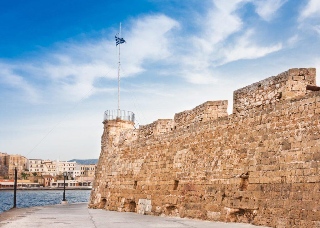 Крепость Фиркас в порту Ханьи
