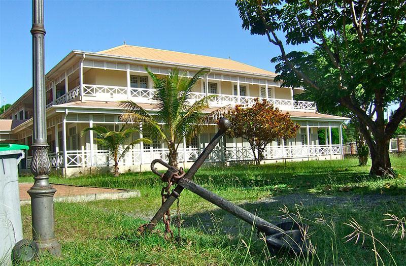 Библиотека Бернгейма, Нумеа, Новая Каледония