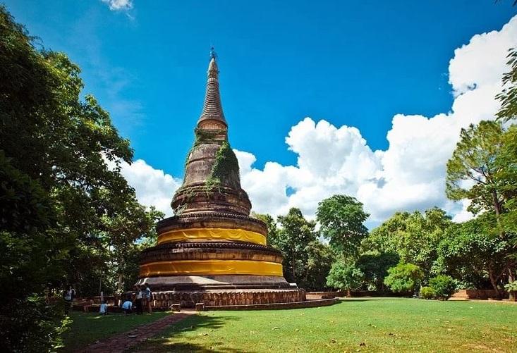 Тоннельный храм Ват Умонг в Чиангмае