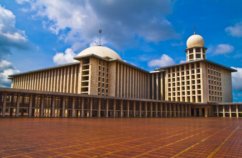 Мечеть Истикляль в Джакарте