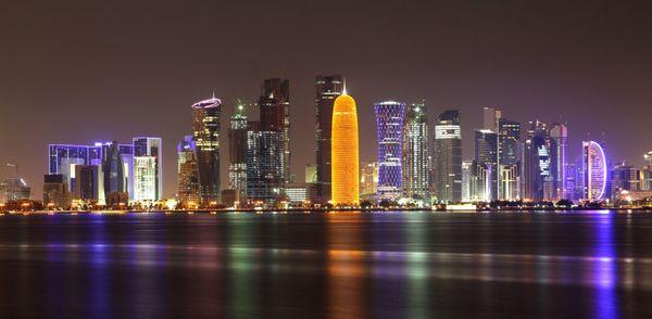 вид на Доху ночью