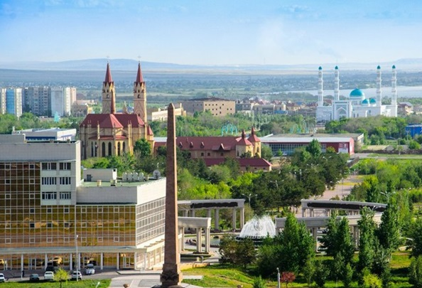 Вид на город Караганда
