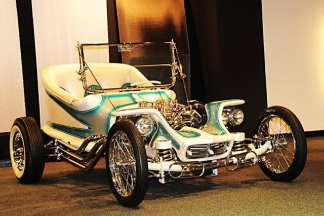 Автомобильный музей Петерсена в Лос-Анджелесе