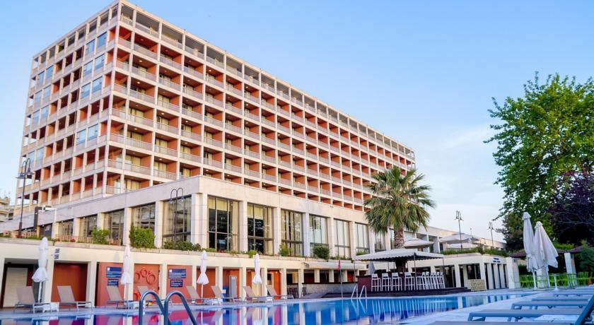"""Отель """"Makedonia Palace"""" в Салониках"""