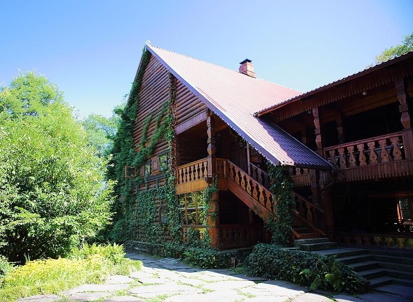 Чайные домики близ Лоо, Краснодарский край