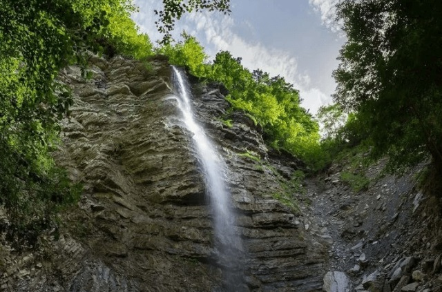 Водопад Перун близ Туапсе