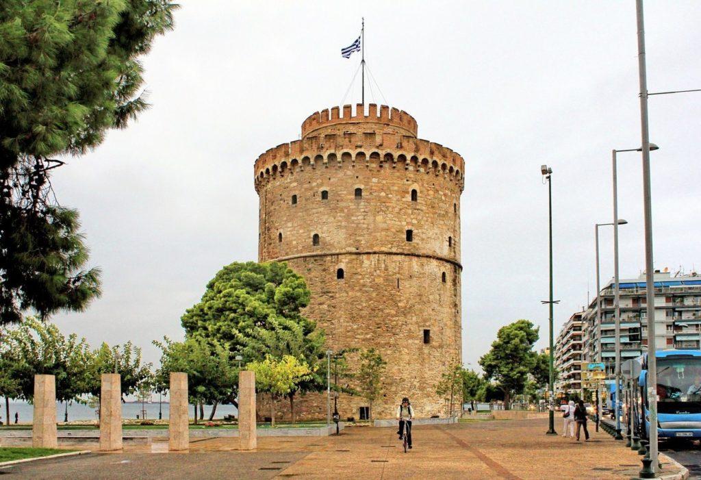 Белая башня Салоников