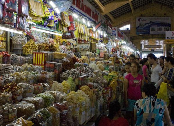 Рынок Бьет Тхань в Хошимине