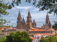 Сантьяго-де-Компостела и самый популярный в мире паломнический пешеходный маршрут