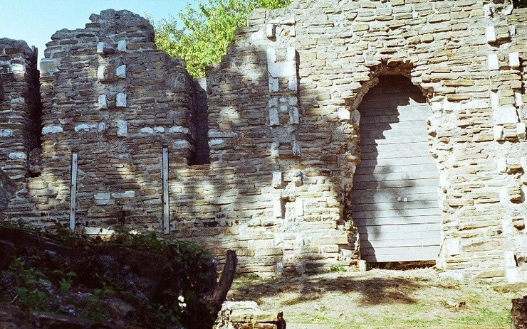 Руины Лооского храма, Краснодарский край