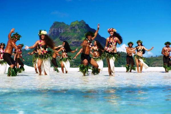 танец аборигенов Таити